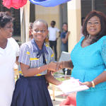 Presentation of award to a hardworking student of UJHS-North Campus